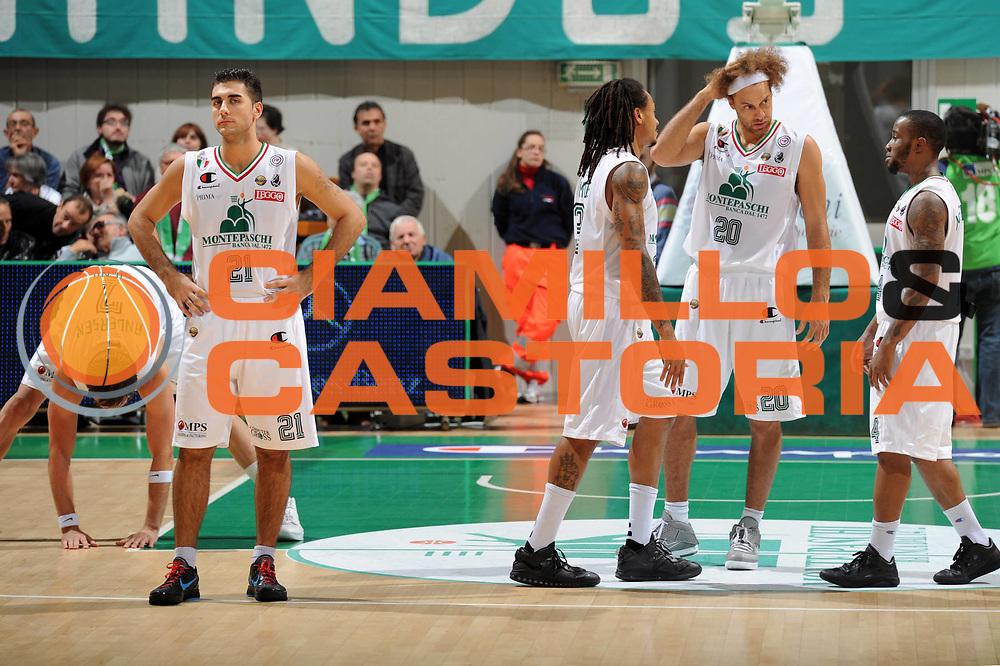 DESCRIZIONE : Siena Lega A 2011-12 Bancatercas Teramo Montepaschi Siena<br /> GIOCATORE : Pietro Aradori<br /> CATEGORIA : team montepaschi<br /> SQUADRA : Montepaschi Siena<br /> EVENTO : Campionato Lega A 2011-2012<br /> GARA : Montepaschi Siena Virtus Roma<br /> DATA : 05/11/2011<br /> SPORT : Pallacanestro<br /> AUTORE : Agenzia Ciamillo-Castoria/GiulioCiamillo<br /> Galleria : Lega Basket A 2011-2012<br /> Fotonotizia : Siena Lega A 2011-12 Montepaschi Siena Virtus Roma<br /> Predefinita :