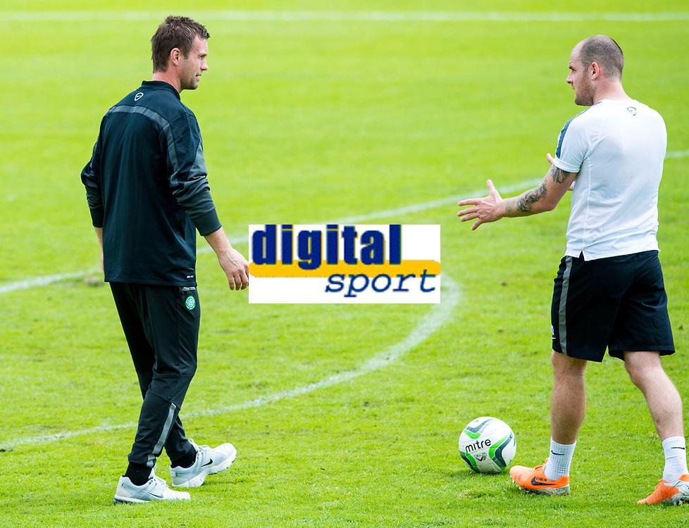 01/07/14<br /> CELTIC TRAINING<br /> AUSTRIA<br /> Celtic manager Ronny Deila (left) speaks to striker Anthony Stokes
