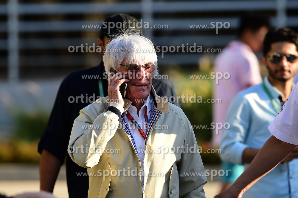 03.04.2016, International Circuit, Sakhir, BHR, FIA, Formel 1, Grand Prix von Bahrain, Rennen, im Bild Bernie Ecclestone (GBR) CEO Formula One Group (FOM) // during Race for the FIA Formula One Grand Prix of Bahrain at the International Circuit in Sakhir, Bahrain on 2016/04/03. EXPA Pictures &copy; 2016, PhotoCredit: EXPA/ Sutton Images<br /> <br /> *****ATTENTION - for AUT, SLO, CRO, SRB, BIH, MAZ only*****
