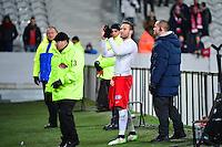 Yohan CABAYE salue les supporteurs de Lille - 03.02.2015 - Lille / Paris Saint Germain - 1/2Finale Coupe de la Ligue<br />Photo : Dave Winter / Icon Sport