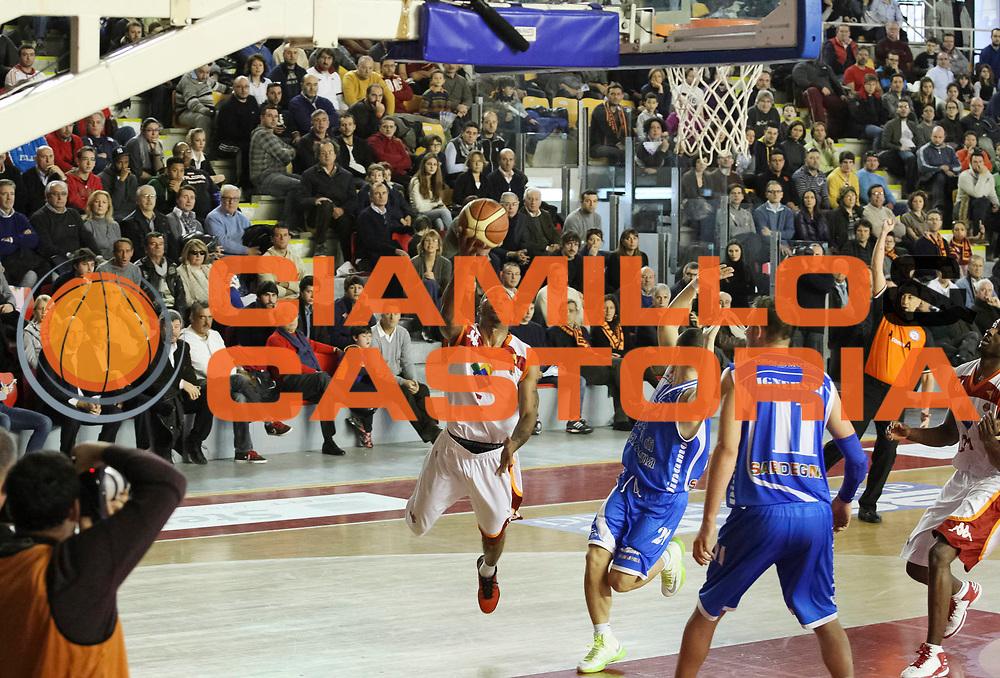 DESCRIZIONE: Roma Lega A 2012-13 Acea Virtus Roma Dinamo Sassari<br /> GIOCATORE : Phill Goss<br /> CATEGORIA : penetrazione tiro equilibrio<br /> SQUADRA : Acea Virtus Roma<br /> EVENTO : Campionato Lega A 2012-2013 <br /> GARA : Acea Virtus Roma Dinamo Sassari<br /> DATA : 23/12/2012<br /> SPORT : Pallacanestro <br /> AUTORE : Agenzia Ciamillo-Castoria/N. Dalla Mura<br /> Galleria : Lega Basket A 2012-2013  <br /> Fotonotizia : Roma Lega A 2012-13 Acea Virtus Roma Dinamo Sassari