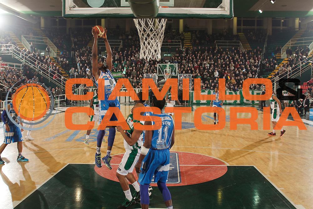 DESCRIZIONE : Avellino Lega A 2014-15 Sidigas Avellino Banco di Sardegna Sassari<br /> GIOCATORE : Shane Lawal<br /> CATEGORIA : rimbalzo<br /> SQUADRA : Banco di Sardegna Sassari<br /> EVENTO : Campionato Lega A 2014-2015<br /> GARA : Sidigas Avellino Banco di Sardegna Sassari<br /> DATA : 15/03/2015<br /> SPORT : Pallacanestro <br /> AUTORE : Agenzia Ciamillo-Castoria/A. De Lise<br /> Galleria : Lega Basket A 2014-2015 <br /> Fotonotizia : Avellino Lega A 2014-15 Sidigas Avellino Banco di Sardegna Sassari
