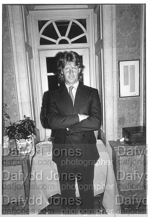 Robert Fox in doorway. © Copyright Photograph by Dafydd Jones 66 Stockwell Park Rd. London SW9 0DA Tel 020 7733 0108 www.dafjones.com