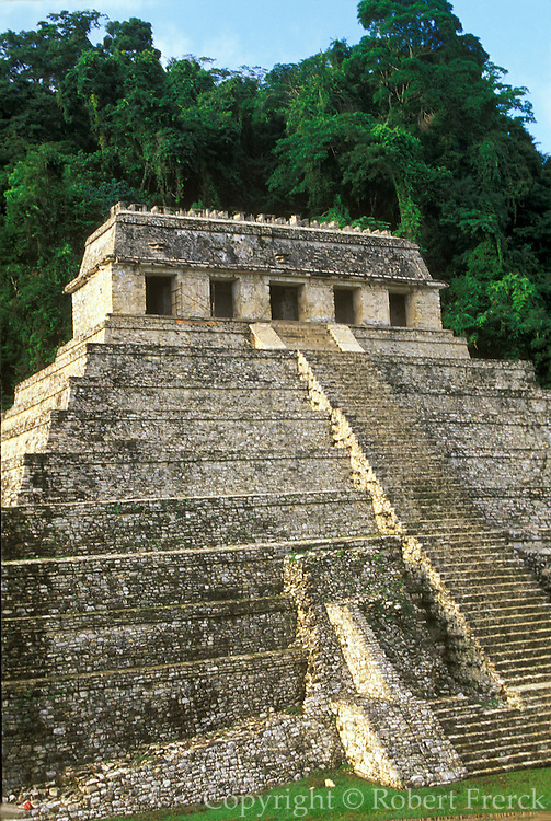 MEXICO, MAYAN, PALENQUE Temple of Inscriptions, Pacal tomb