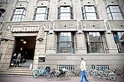 Het Bunge-huis van de Universiteit van Amsterdam (UvA) aan de Spuistraat waar de faculteit Geesteswetenschappen is gevestigd.<br /> <br /> The Bunge-huis of the University of Amsterdam.
