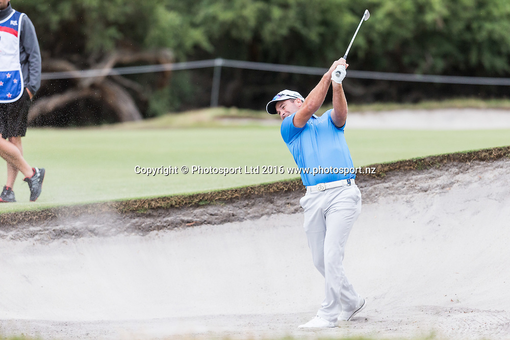 Ryan Fox (NZL)  plays out of the bunker during round 3 of the World Cup of Golf at Kingston Heath Golf Club, Melbourne Australia. Saturday 26th November 2016. Copyright Photo Brendon Ratnayake / www.photosport.nz