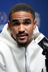 Jalen Hurts #1 of the Oklahoma Sooners speaks with the media at Media Day on Thursday, Dec. 26, in Atlanta. LSU will face Oklahoma in the 2019 College Football Playoff Semifinal at the Chick-fil-A Peach Bowl. (Paul Abell via Abell Images for the Chick-fil-A Peach Bowl)