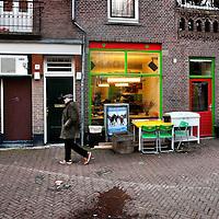 Nederland, Amsterdam , 2 januari 2015.<br /> De horeca rond Javaplein en Borneostraat neemt toe.<br /> Op de foto rechts Java Boulevard, (midden) Jonge Admiraal en links Café Pleinzicht.<br /> Foto:Jean-Pierre Jans