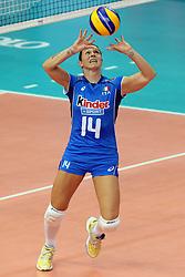 ELEONORA LO BIANCO IN PALLEGGIO<br /> ITALIA - AZERBAIJAN<br /> CAMPIONATI MONDIALI VOLLEY FEMMINILE 2014<br /> BARI 01-10-2014<br /> FOTO GALBIATI - RUBIN