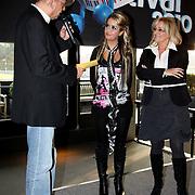 NLD/Bussum/20100122 - Bekendmaking artiesten Nationaal Songfestival 2010, Marlous Oosting en Corry Konings