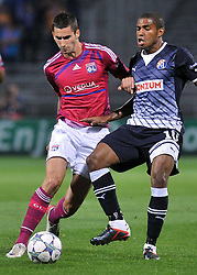 27.09.2011, Stade de Gerland, Lyon, FRA, UEFA CL, Gruppe D, Olympique Lyon (FRA) vs Dinamo Zagreb (CRO), im Bild Jorge Sammir Cruz Campos (10), Maxime Gonalons (21) // during the UEFA Champions League game, group D, Olympique Lyon (FRA) vs Dinamo Zagreb (CRO) at de Gerland stadium in Lyon, France on 2011/09/27. EXPA Pictures © 2011, PhotoCredit: EXPA/ nph/ Pixsell +++++ ATTENTION - OUT OF GERMANY/(GER), CROATIA/(CRO), BELGIAN/(BEL) +++++