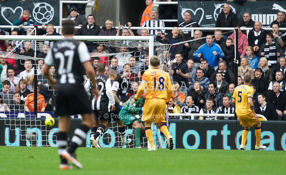 NEWCASTLE-UPON-TYNE, ENGLAND - Saturday, November 5, 2011: Everton's John Heitinga scores an own goal against Newcastle United during the Premiership match at St. James' Park. (Pic by Vegard Grott/Propaganda)