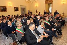 20121115 PREFETTURA CONSEGNA MEDAGLIE INTERNATI IMI