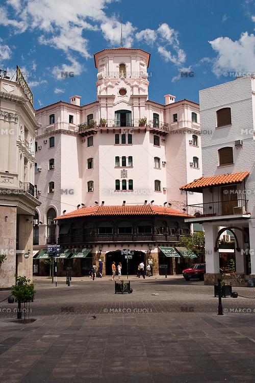 HOTEL SALTA, CIUDAD DE SALTA, PROV. DE SALTA, ARGENTINA