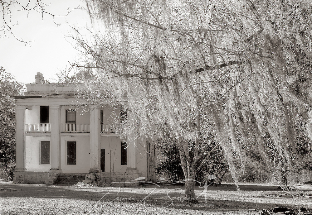 """The former slave quarters of Kirk-View Mansion are pictured, Feb. 7, 2015, at Old Cahawba Archaeological Park in Orrville, Alabama. The home was built for the Kirkpatrick family but was burned down in 1935. The slave quarters were originally built behind the mansion. Cahaba, also known as """"Old Cahawba,"""" was Alabama's state capital from 1819-1826 but was abandoned after the Civil War. It is now considered a ghost town. It is located in Dallas County near Selma, Alabama. (Photo by Carmen K. Sisson/Cloudybright)"""