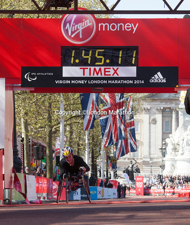 Tatyana McFadden USA wins womens Wheelchair race at the Virgin Money London Marathon 2014 on Sunday 13 April 2014<br /> Photo: Roger Allan/Virgin Money London Marathon<br /> media@london-marathon.co.uk
