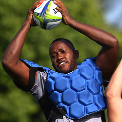 DURBAN, SOUTH AFRICA, Tuesday, 23rd February 2016 - Tjiuee Uanivi out jumps Etienne Oosthuizen   during The Cell C Sharks  Media Interviews in The Sharks Gym,and Pre Season training for the 2016 Super Rugby Season at Growthpoint Kings Park in Durban, South Africa. (Photo by Steve Haag)<br /> images for social media must have consent from Steve Haag