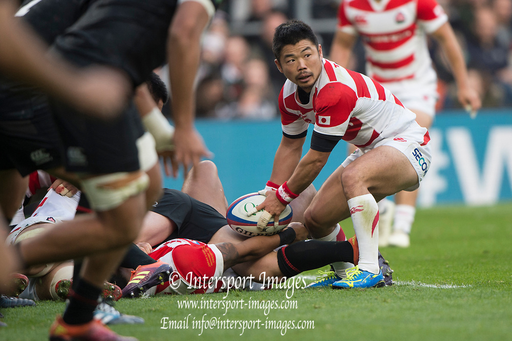 Twickenham, United Kingdom, Saturday, 17th  November 2018, RFU, Rugby, Stadium, England,  Scrum half, Fumiaki TANAKA, looking for the pass, from the back of the scrum, during the Quilter Autumn International, England vs Japan, © Peter Spurrier