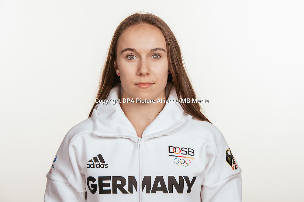 Tabea Alt poses at a photocall during the preparations for the Olympic Games in Rio at the Emmich Cambrai Barracks in Hanover, Germany, taken on 12/07/16 | usage worldwide