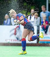 BILTHOVEN - Claire Verhage van SCHC , zondag tijdens de hoofdklasse competitiewedstrijd tussen de vrouwen van SCHC en MOP (5-0). COPYRIGHT KOEN SUYK