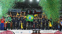 10.10.2010, Palalottomatica, Rom, ITA, FIVB 2010 World Championship, Men, Cuba vs Brazil, im Bild esultanza dei giocatori brasiliani dopo la vittoria/ brazil players celebrating victory   .Cuba vs Brazil 0-3.final.FIVB Men's Volleyball World Championship .Rome. EXPA Pictures © 2010, PhotoCredit: EXPA/ InsideFoto/ Andrea Staccioli +++++ ATTENTION - FOR AUSTRIA AND SLOVENIA CLIENT ONLY +++++ / SPORTIDA PHOTO AGENCY