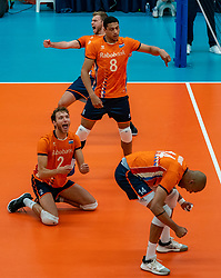09-06-2019 NED: Golden League Netherlands - Spain, Koog aan de Zaan<br /> Fourth match poule B - The Dutch beat Spain again in five sets in the European Golden League / Nimir Abdelaziz #14 of Netherlands, Wessel Keemink #2 of Netherlands, Fabian Plak #8 of Netherlands, Gijs Jorna #7 of Netherlands