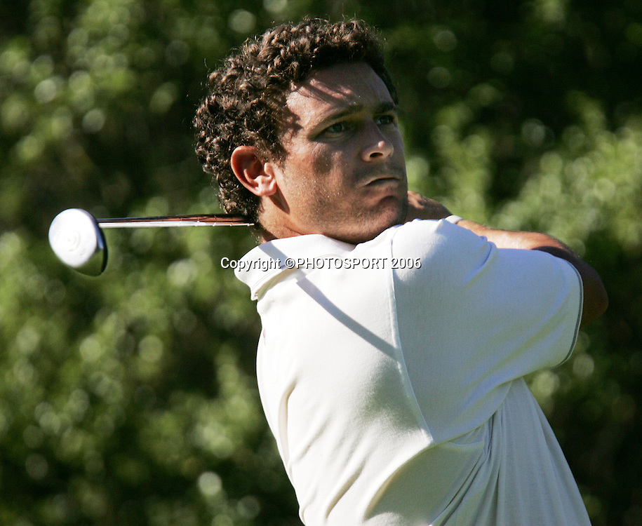 Russley's Tyrone Nelson tees off during his match against Springfield's Mark Smith in the 2006 New Zealand Mens Golf Amateur Championship at Coringa Golf Course, Christchurch, on Friday 7 April 2006. Smith won the match. Photo: Tim Hales/PHOTOSPORT