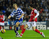 Photo: Leigh Quinnell/Sportsbeat Images.<br /> Reading v Arsenal. The FA Barclays Premiership. 12/11/2007. Arsenals Cesc Fabregas gets a shot past Readings Brynjar Gunnarsson.