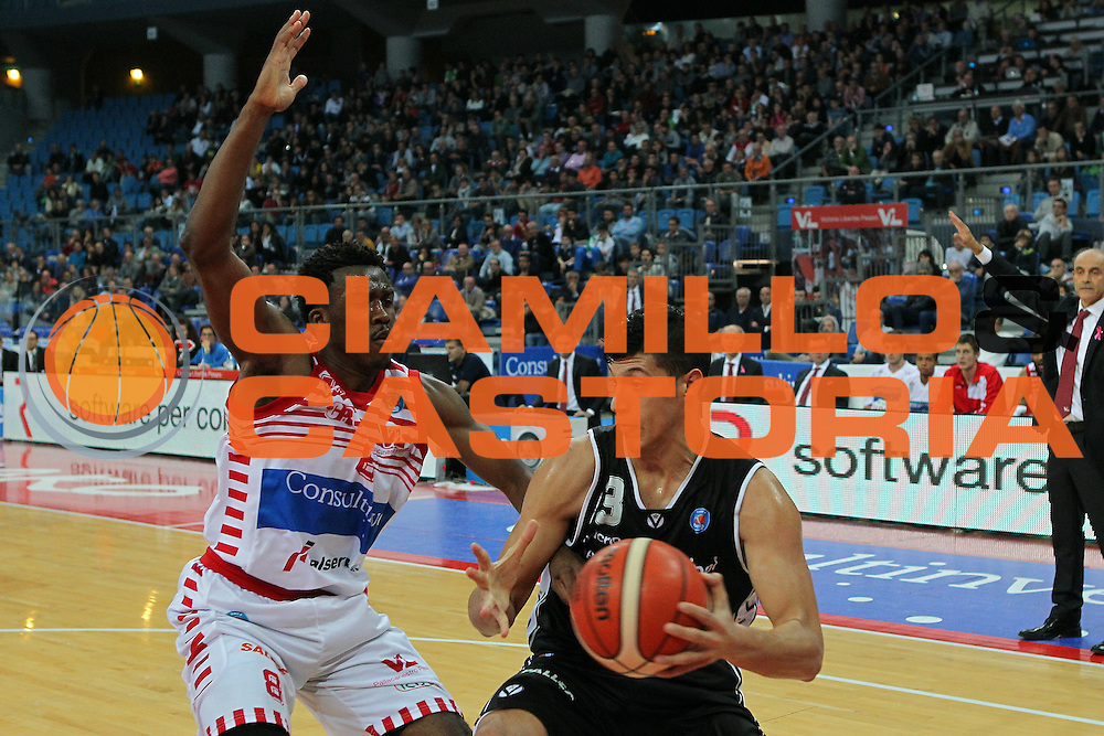 25-10-15 - Pesaro - Consultinvest VL Pesaro vs Obiettivo lavoro Bologna - Fontecchio -  CAMILLO