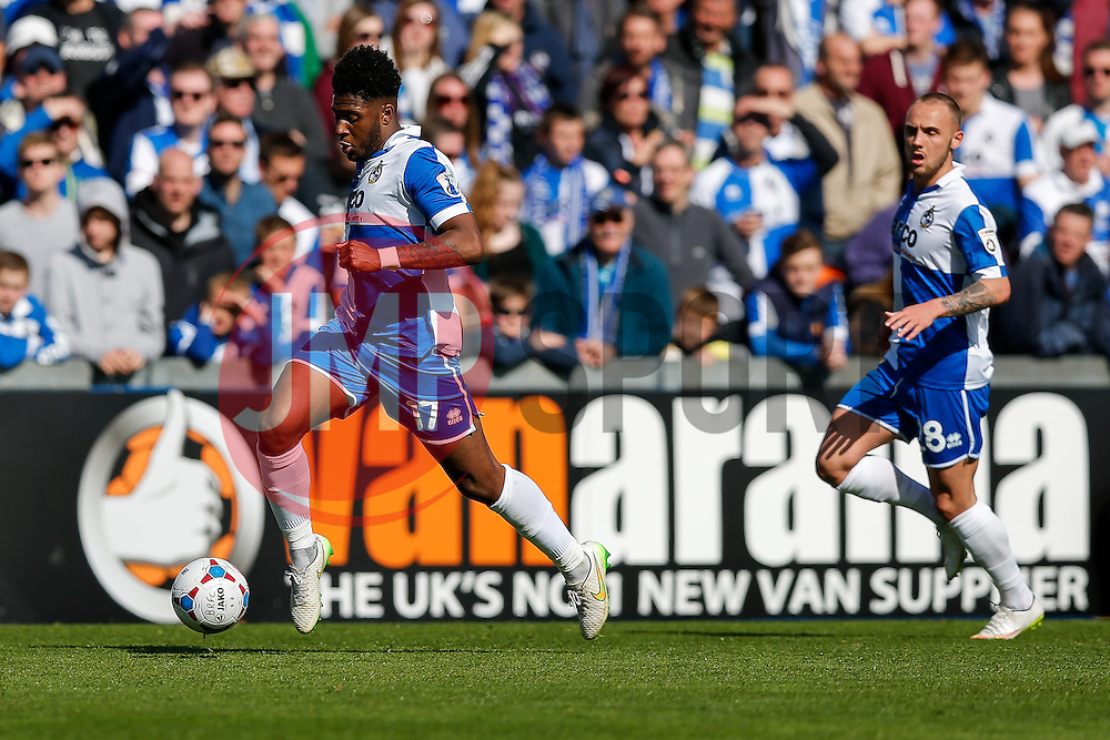 Ellis Harrison of Bristol Rovers in action - Photo mandatory by-line: Rogan Thomson/JMP - 07966 386802 - 11/04/2015 - SPORT - FOOTBALL - Bristol, England - Memorial Stadium - Bristol Rovers v Southport - Vanarama Conference Premier.