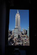 New York -  Bar restaurant - 230 fith on a rooftop building elevated  view on Manhattan and the empire state building /bar restaurant panoramique - 230fith - . sur le toit d un immeuble  New York - Etats unis