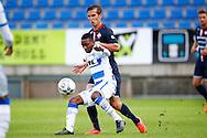 03-09-2015 VOETBAL:WILLEM II- KAA GENT:TILBURG<br /> Willem II Vriendschappelijke wedstrijd zonder publiek tegen KAA Gent<br /> <br /> Stijn Wuytens van Willem II in duel met Yaya Soumahoro<br /> <br /> Foto: Geert van Erven