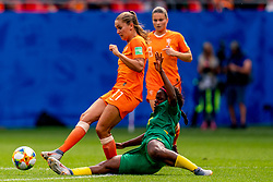 15-06-2019 FRA: Netherlands - Cameroon, Valenciennes<br /> FIFA Women's World Cup France group E match between Netherlands and Cameroon at Stade du Hainaut / Tackle Raissa Feudjio #8 of Cameroon, Lieke Martens #11 of the Netherlands