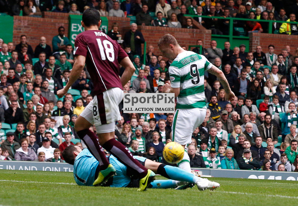 Celtic v Ross Hearts....Leigh Griffiths takes a shot at goal....(c) STEPHEN LAWSON | SportPix.org.uk