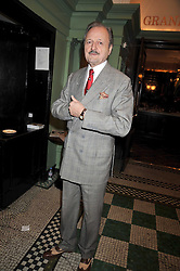 PETER BOWLES at the 2009 Oldie of The Year Award lunch held at Simpson's in The Strand, London on 24th February 2009.