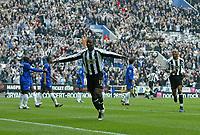 Photo: Andrew Unwin.<br /> Newcastle United v Chelsea. The Barclays Premiership. 07/05/2006.<br /> Newcastle's Titus Bramble (C) celebrates scoring his team's first goal.