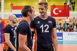 24-09-2016 NED: EK Kwalificatie Nederland - Wit Rusland, Koog aan de Zaan<br /> Nederland wint na een 2-0 achterstand in sets met 3-2 / Wouter ter Maat #16, Kay van Dijk #12