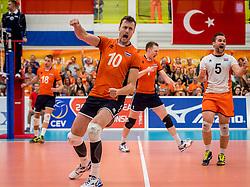 25-09-2016 NED: EK Kwalificatie Nederland - Turkije, Koog aan de Zaan<br /> Nederland plaatst zich voor het EK in Polen door Turkije met 3-1 te verslaan / Jeroen Rauwerdink #10
