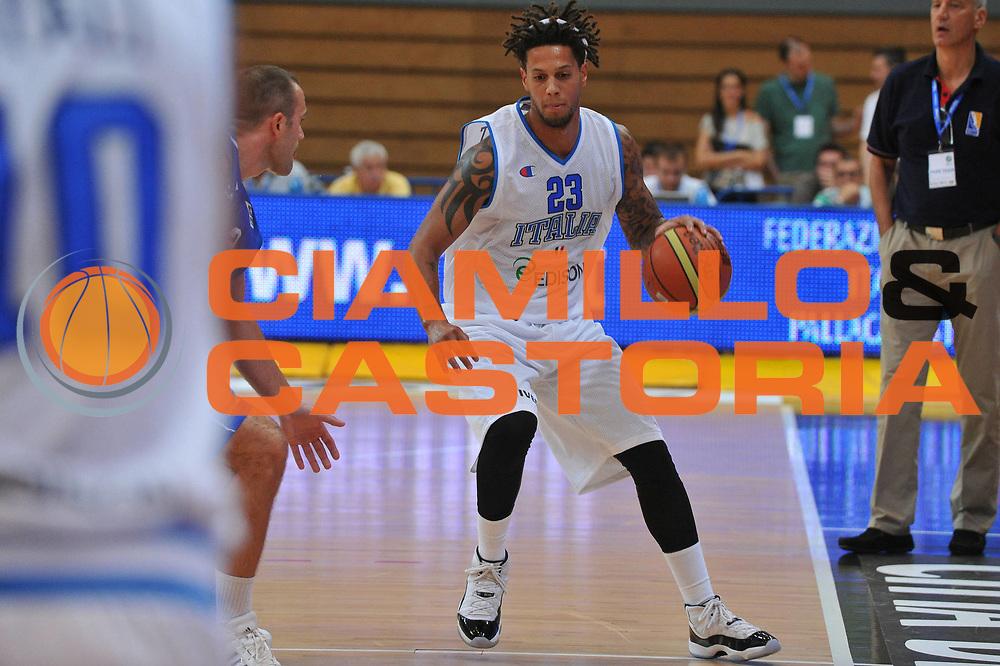 DESCRIZIONE : Trento Primo Trentino Basket Cup Italia Bosnia Erzegovi<br /> GIOCATORE : daniel hackett<br /> CATEGORIA : palleggio<br /> SQUADRA : Nazionale Italia Maschile<br /> EVENTO :  Trento Primo Trentino Basket Cup<br /> GARA : Italia Bosnia Erzegovi<br /> DATA : 27/07/2012<br /> SPORT : Pallacanestro<br /> AUTORE : Agenzia Ciamillo-Castoria/M.Gregolin<br /> Galleria : FIP Nazionali 2012<br /> Fotonotizia : Trento Primo Trentino Basket Cup Italia Bosnia Erzegovi<br /> Predefinita :