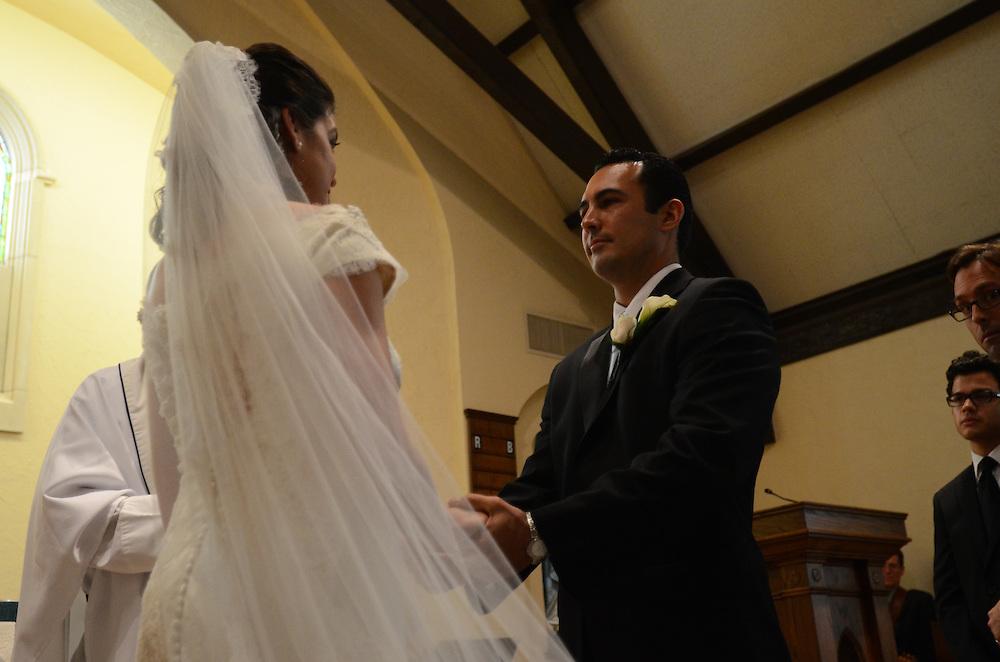 10/9/11 5:09:34 PM -- Zarines Negron and Abelardo Mendez III wedding Sunday, October 9, 2011. Photo©Mark Sobhani Photography