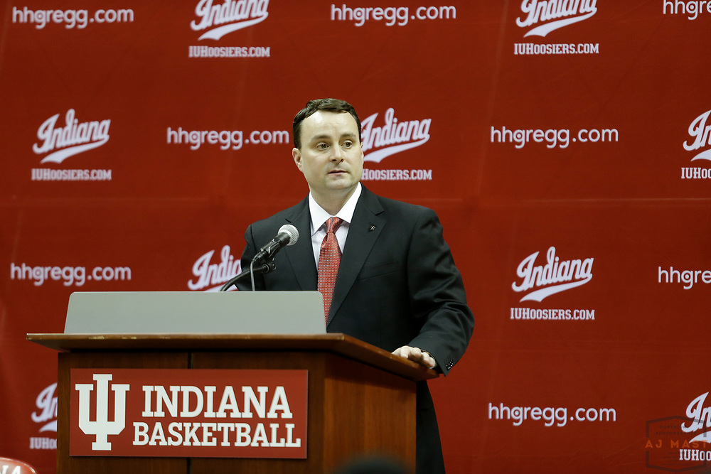 Archie Miller is announced as the new head coach of the Indiana men's basketball team at a news conference in Bloomington, Ind., Thursday, March 27, 2017. (AJ Mast)