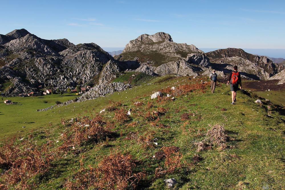 Hiking Down to Majada de Belbin, a small cheese-making hamlet in the Western Picos de Europa