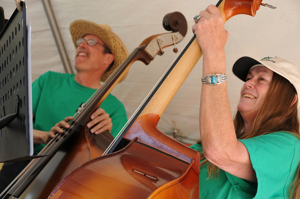 String Bean Folk Orchestra concert at 2011 Tucson Folk Festival. Event photography by Martha Retallick.