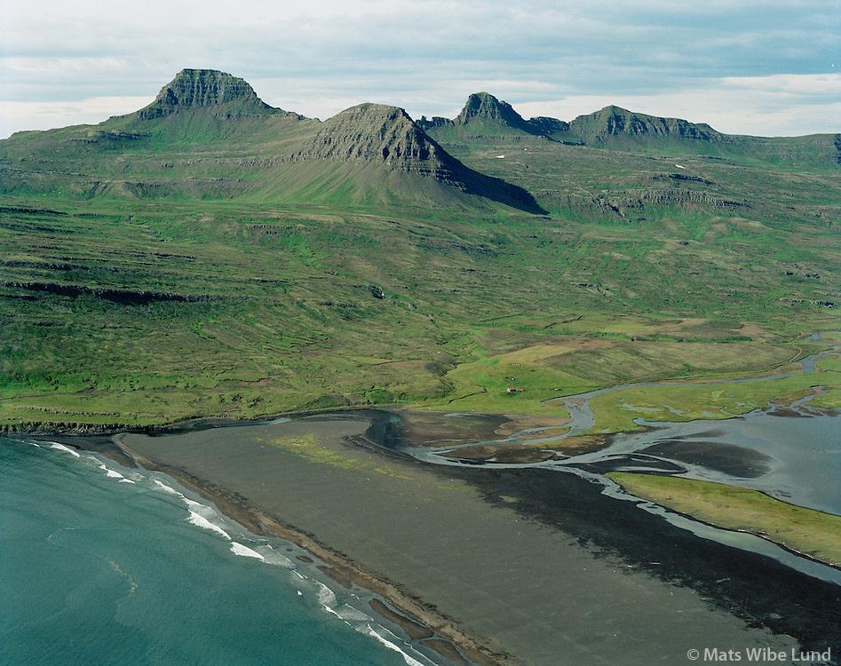 Kirkjuból í Vaðlavík, Helgustaðahrepur /.Kirkjubol in Vadlavik, Helgustadahreppur.