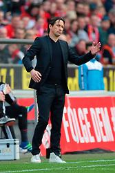 10.04.2016, Rhein Energie Stadion, Koeln, GER, 1. FBL, 1. FC Koeln vs Bayer 04 Leverkusen, 29. Runde, im Bild Cheftrainer Roger Schmidt (Leverkusen) // during the German Bundesliga 29th round match between 1. FC Cologne and Bayer 04 Leverkusen at the Rhein Energie Stadion in Koeln, Germany on 2016/04/10. EXPA Pictures © 2016, PhotoCredit: EXPA/ Eibner-Pressefoto/ Hommes<br /> <br /> *****ATTENTION - OUT of GER*****