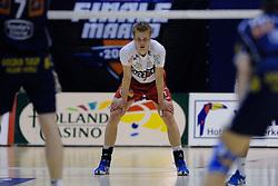 21-04-2007 VOLLEYBAL: ORTEC NESSELANDE - PIET ZOOMERS D: ROTTERDAM <br /> De volleyballers van Ortec.Nesselande hebben de spanning weer teruggebracht in de strijd om het landskampioenschap.  In Rotterdam won Nesselande met 3-1 (27-25 20-25 25-20 25-23) van PietZoomers Dynamo / Jan Willem Snippe - NOS Finale Maand<br /> ©2007-WWW.FOTOHOOGENDOORN.NL