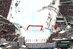 17.02.2013, Planai, Schladming, AUT, FIS Weltmeisterschaften Ski Alpin, Slalom,  Herren, 1. Durchgang, im Bild der Slalomhang mit Ziel, voestalpine skygate, Tribuenen, Planet Planai, Hohenhaus Tenne und Zuschauern // the slalom hill with finish area, voestalpine skygate, tribunes, Planet Planai, Hohenhaus Tenne and visitors during 1st run of mens Slalom at the FIS Ski World Championships 2013 at the Planai Course, Schladming, Austria on 2013/02/17. EXPA Pictures © 2013, PhotoCredit: EXPA/ Martin Huber