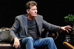 © Licensed to London News Pictures. 19/06/2016. US actor CHARLIE SHEEN and PIERS MORGAN take part in An Audience With Charlie Sheen giving a rare insight into his career and private life.  London, UK. Photo credit: Ray Tang/LNP