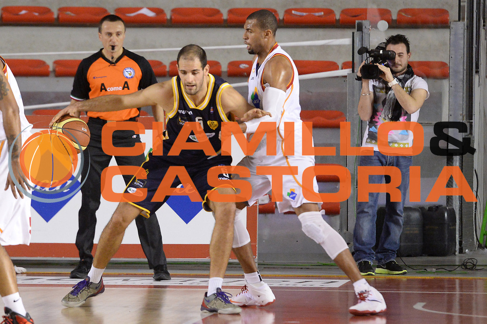 DESCRIZIONE : Campionato 2013/14 Acea Virtus Roma - Sutor Montegranaro<br /> GIOCATORE : Zeliko Sakic<br /> CATEGORIA : Palleggio Controcampo Tecnica<br /> SQUADRA : Sutor Montegranaro<br /> EVENTO : LegaBasket Serie A Beko 2013/2014<br /> GARA : Acea Virtus Roma - Sutor Montegranaro<br /> DATA : 18/01/2014<br /> SPORT : Pallacanestro <br /> AUTORE : Agenzia Ciamillo-Castoria / GiulioCiamillo<br /> Galleria : LegaBasket Serie A Beko 2013/2014<br /> Fotonotizia : Campionato 2013/14 Acea Virtus Roma - Sutor Montegranaro<br /> Predefinita :