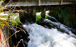 UK ENGLAND WILTSHIRE 26JUN08 - Sluice at the river Kennet near Stichcoombe in rural Wiltshire, western England...jre/Photo by Jiri Rezac / WWF UK..© Jiri Rezac 2008..Contact: +44 (0) 7050 110 417.Mobile:  +44 (0) 7801 337 683.Office:  +44 (0) 20 8968 9635..Email:   jiri@jirirezac.com.Web:     www.jirirezac.com..© All images Jiri Rezac 2008 - All rights reserved.